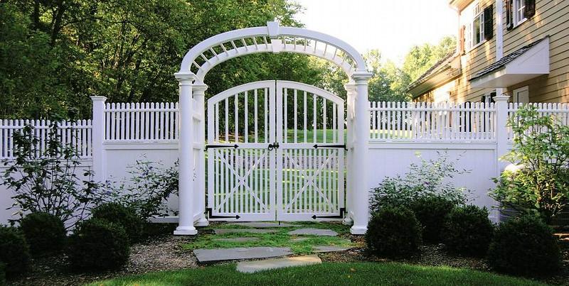 873 - NJ - Modified Westchester Gate in Custom Arbor