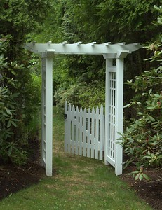 190 - Darien CT - Sudbury Gate in Garden Arbor