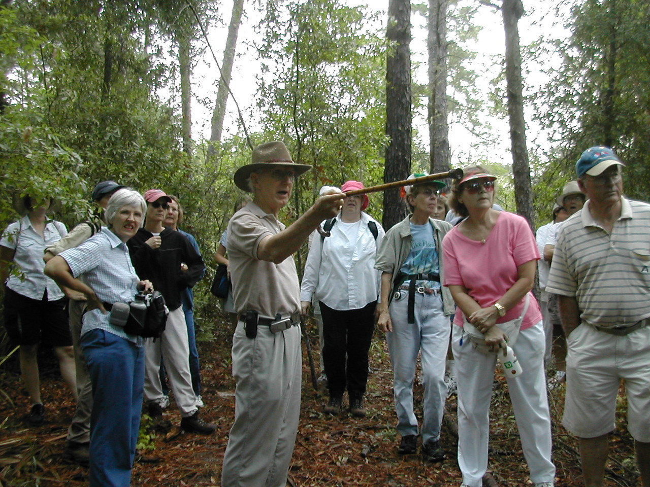 Kenneth Smith offers interpretation of sights along the Florida Trail<br /> PHOTO CREDIT: Florida Trail Association / Sandra Friend