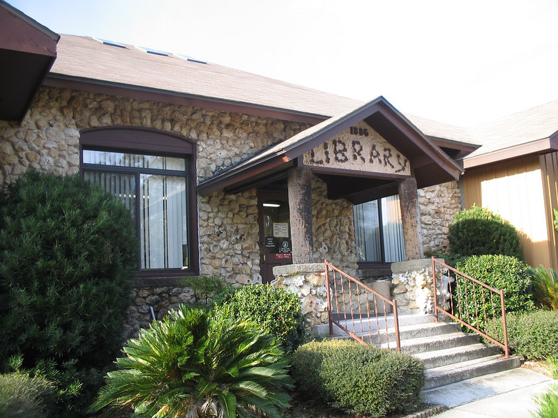 The historic public library, second oldest in Florida, in downtown Belleview<br /> PHOTO CREDIT: Florida Trail Association / Judy Trotta