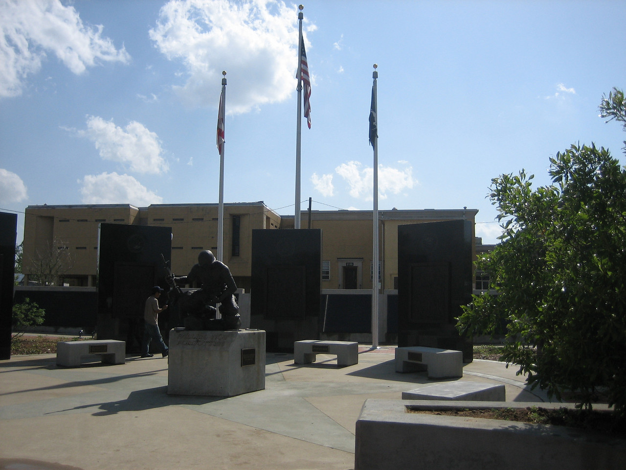 War Veterans Memorial