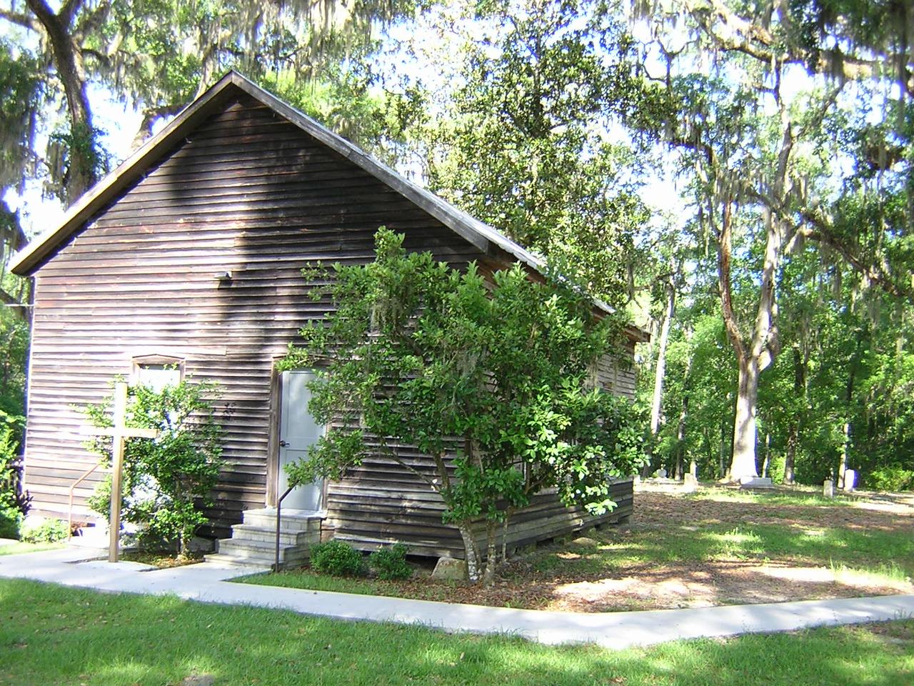 Falling Creek Pioneer Church<br /> PHOTO CREDIT: Sandra Friend / Florida Trail Association
