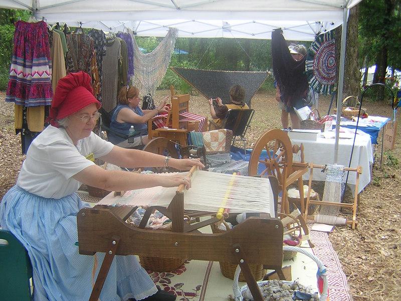 Weaver at the Florida Folk Festival<br /> PHOTO CREDIT: Sandra Friend / Florida Trail Association