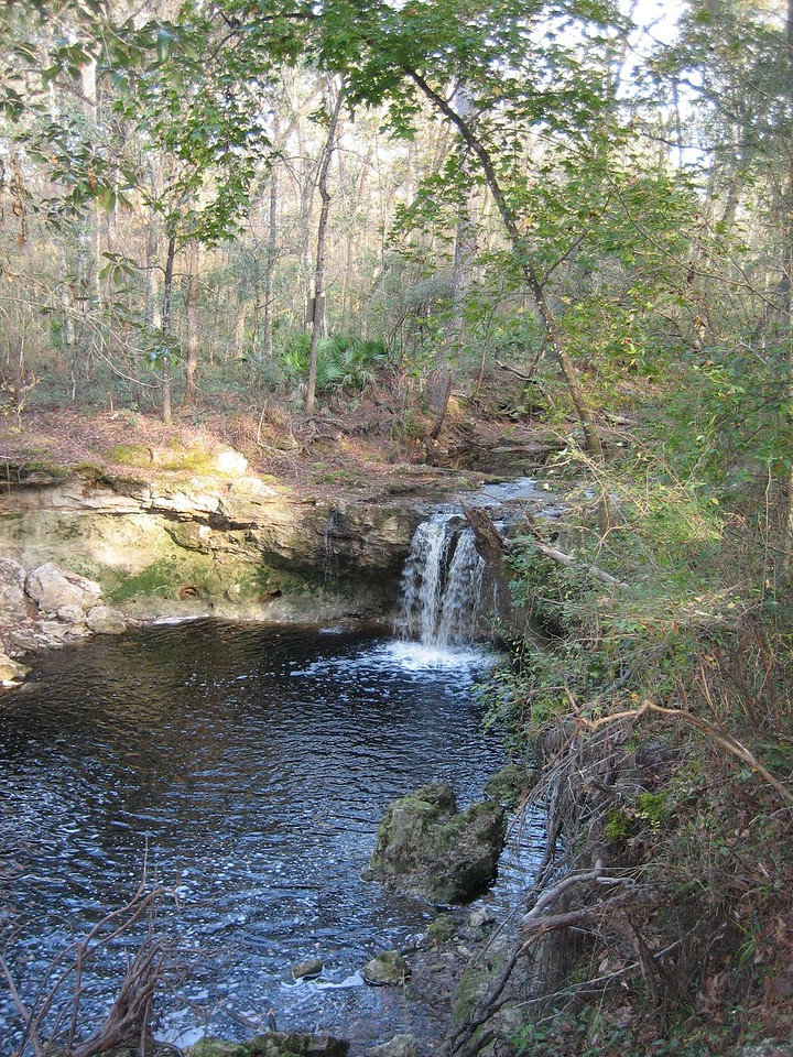 Falling Creek Falls<br /> PHOTO CREDIT: Sandra Friend / Florida Trail Association
