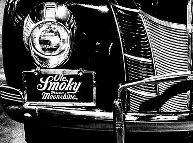 Ole Smoky Moonshine Holler