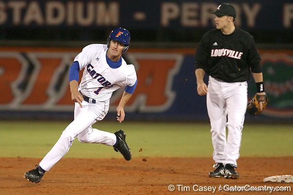 photo by Tim Casey<br /> <br /> Florida senior Avery Barnes rounds second base during the first inning of the Gators' 6-3 win on Friday, February 20, 2009 at McKethan Stadium in Gainesville, Fla.