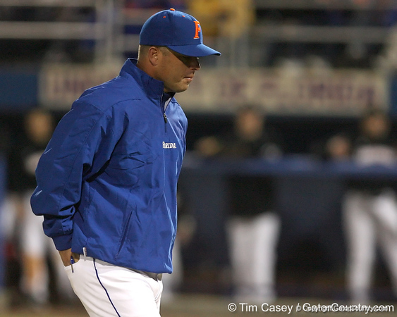 photo by Tim Casey<br /> <br /> Florida baseball head coach Kevin O'Sullivan walks off of the field during the fourth inning of the Gators' 6-3 win on Friday, February 20, 2009 at McKethan Stadium in Gainesville, Fla.
