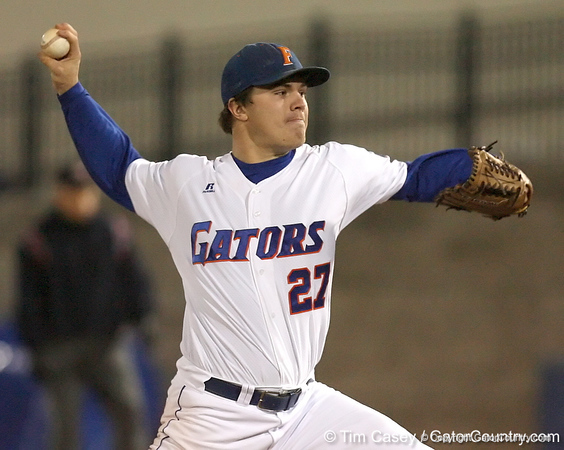 photo by Tim Casey<br /> <br /> Florida senior pitcher Patrick Keating winds up during the fourth  inning of the Gators' 6-3 win on Friday, February 20, 2009 at McKethan Stadium in Gainesville, Fla.