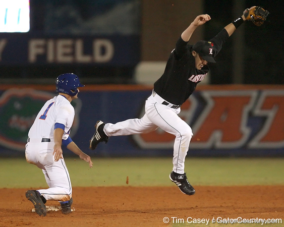 photo by Tim Casey<br /> <br /> Florida senior Avery Barnes gets doubled off of second base during the seventh inning Gators' 6-3 win on Friday, February 20, 2009 at McKethan Stadium in Gainesville, Fla.