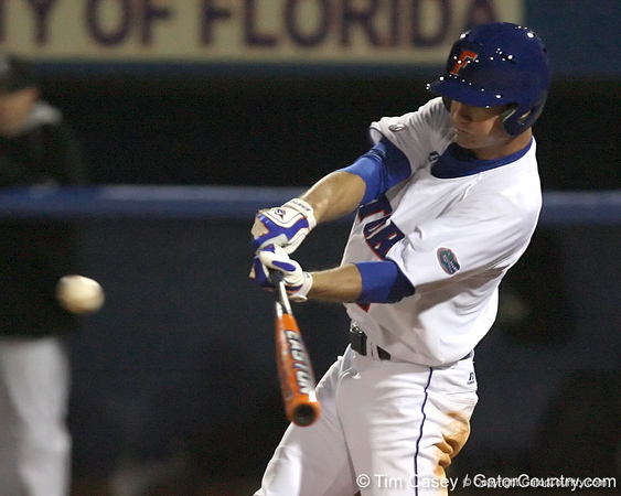 photo by Tim Casey<br /> <br /> Florida senior Avery Barnes hits an RBI single to left field during the seventh inning of the Gators' 6-3 win on Friday, February 20, 2009 at McKethan Stadium in Gainesville, Fla.