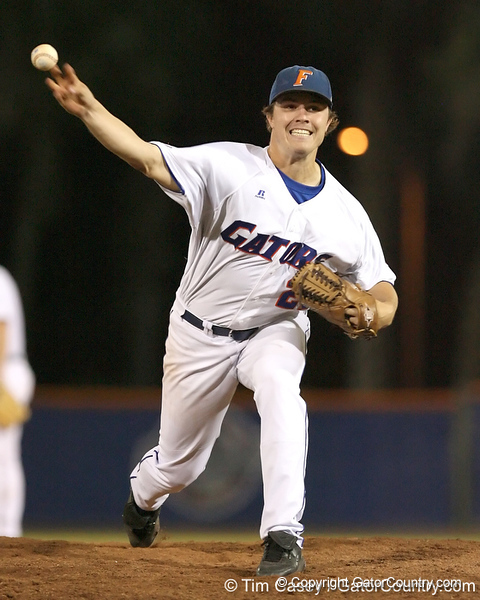 photo by Tim Casey<br /> <br /> Florida senior pitcher Patrick Keating warms up during the fifth inning of the Gators' 8-5 loss to the Miami Hurricanes on Friday, February 27, 2009 at McKethan Stadium in Gainesville, Fla.