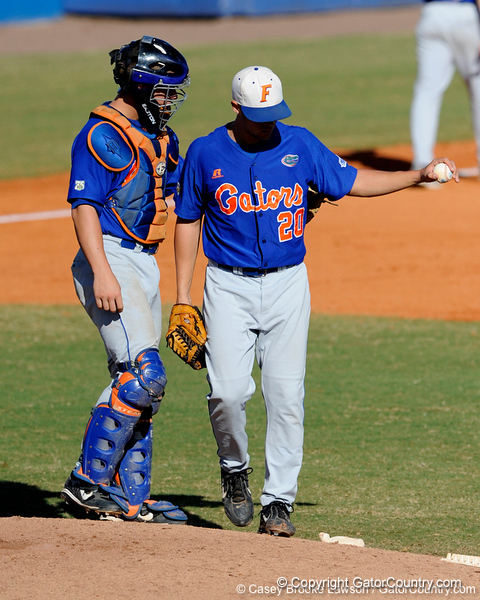 Junior LHP Tony Davis conferences with his teammate during the University of Florida Orange and Blue scrimmage game in Gainesville, Fla on November 8, 2008. (Casey Brooke Lawson / Gator Country)