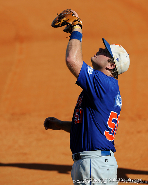 Senior Teddy Foster looks up to catch a fly ball during the University of Florida Orange and Blue scrimmage game in Gainesville, Fla on November 8, 2008. (Casey Brooke Lawson / Gator Country)