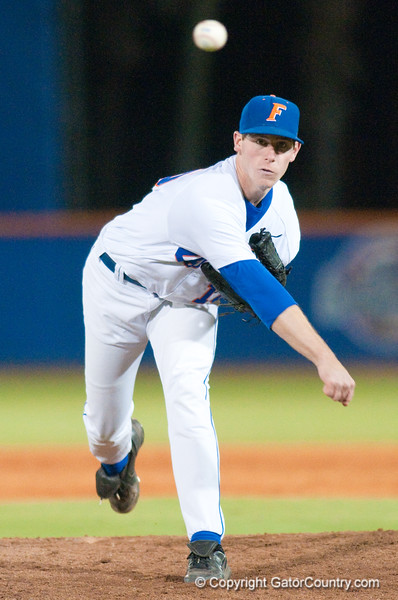 Anthony DeScalfani warms up before the top of the sixth inning during the University of Florida 16-3 win against the University of Central Florida on 4/8/09         Photo by: Tim Darby
