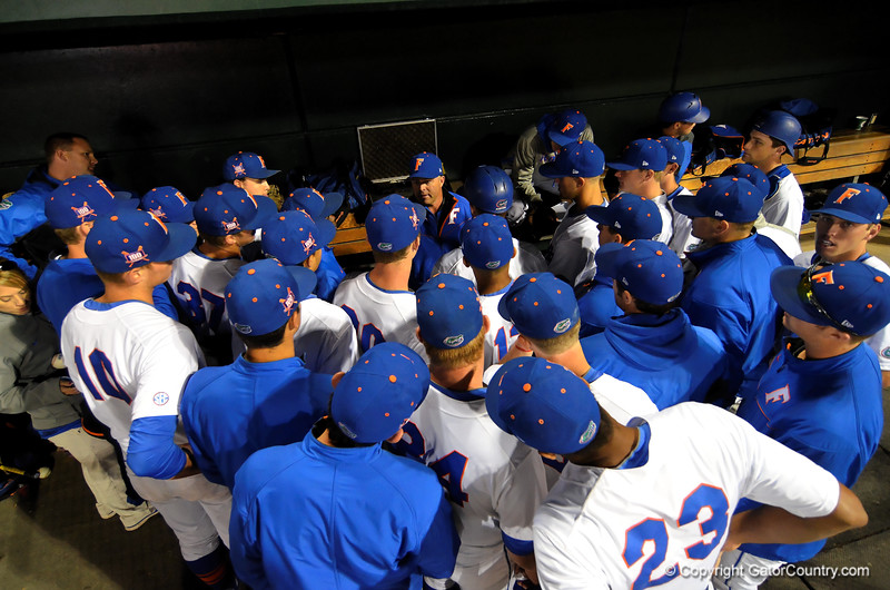 Florida brawls their way to a win over Florida State 4-1.