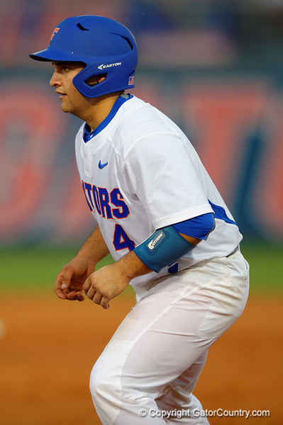 Florida Gators catcher Mike Rivera leads off from first in the first inning.  Florida Gators Baseball vs Florida State Seminoles.  March 17th, 2016. Gator Country photo by David Bowie.