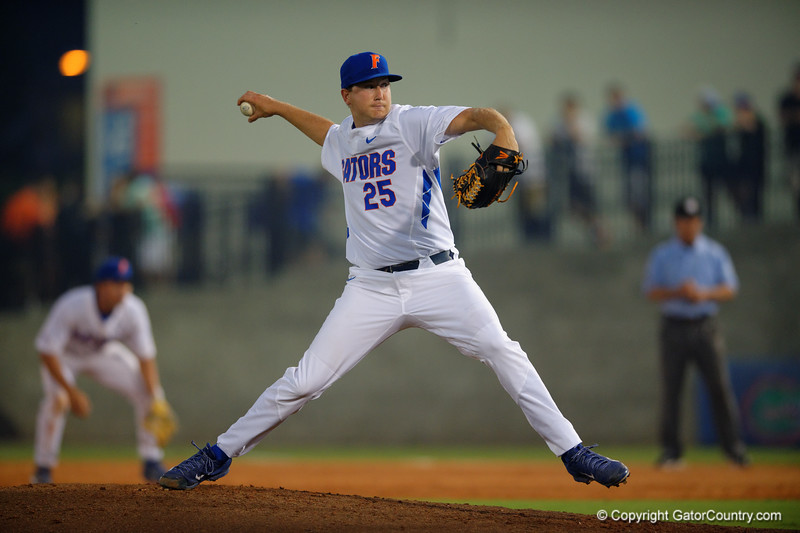 Florida Gators pitcher Eric Hanhold pitcing during the second inning.  Florida Gators Baseball vs Florida State Seminoles.  March 17th, 2016. Gator Country photo by David Bowie.