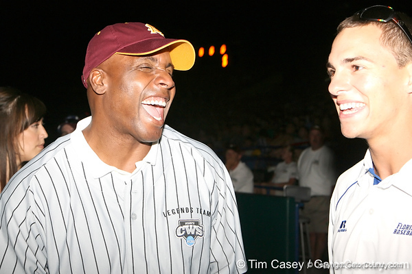 Former Arizona State outfielder Barry Bonds talks with Florida sophomore outfielder Tyler Thompson during the College World Series Opening Ceremonies on Friday, June 18, 2010 at Rosenblatt Stadium in Omaha, Neb. / photo by Tim Casey