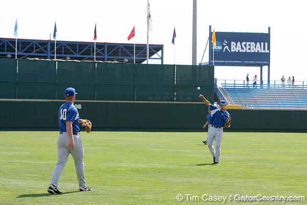 Florida sophomore outfielder Tyler Thompson warms up during the Gators' pre-College World Series practice on Friday, June 18, 2010 at Rosenblatt Stadium in Omaha, Neb. / photo by Tim Casey