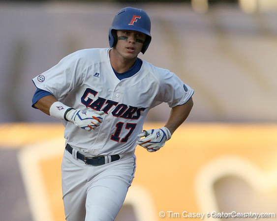 Florida senior Matt den Dekker runs out a solo home run during the eighth inning of Gators' 10-6 loss to the LSU Tigers in the SEC Tournament on Wednesday, May 26, 2010 at Regions Park in Hoover, Ala. / Gator Country photo by Tim Casey