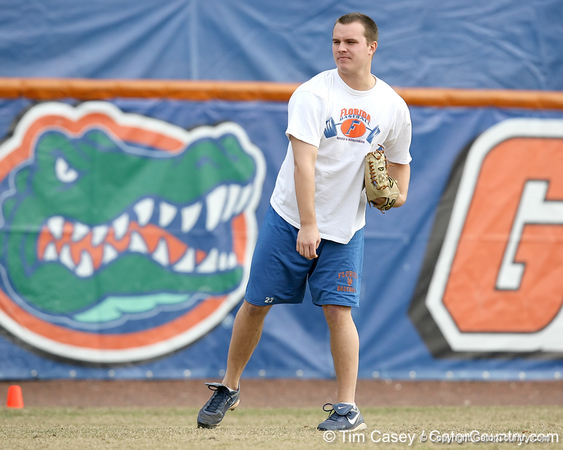 Former Florida pitcher Patrick Keating throws during the Gators' first day of practice on Friday, January 29, 2010 at McKethan Stadium in Gainesville, Fla. / Gator Country photo by Tim Casey