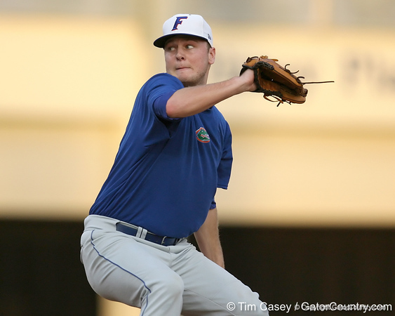 Florida sophomore Nick Maronde winds up during the Gators' first day of practice on Friday, January 29, 2010 at McKethan Stadium in Gainesville, Fla. / Gator Country photo by Tim Casey