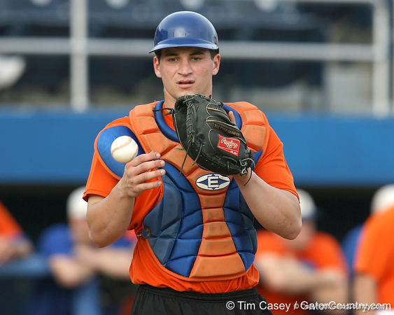 Florida freshman catcher Mike Zunino catches a ball during the Gators' first day of practice on Friday, January 29, 2010 at McKethan Stadium in Gainesville, Fla. / Gator Country photo by Tim Casey