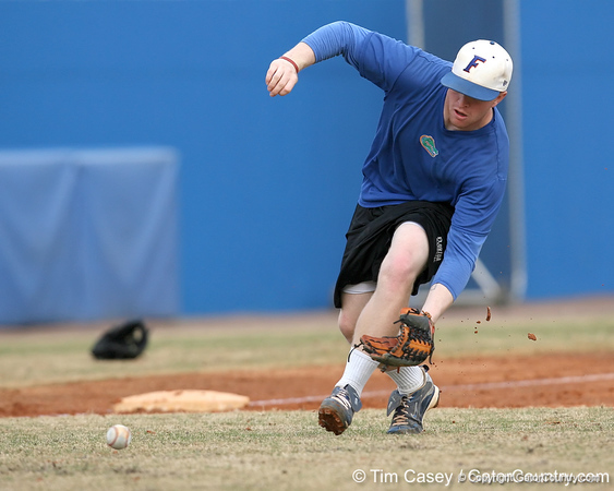 Florida sophomore infielder Jerico Weitzel fields a ground ball during the Gators' first day of practice on Friday, January 29, 2010 at McKethan Stadium in Gainesville, Fla. / Gator Country photo by Tim Casey