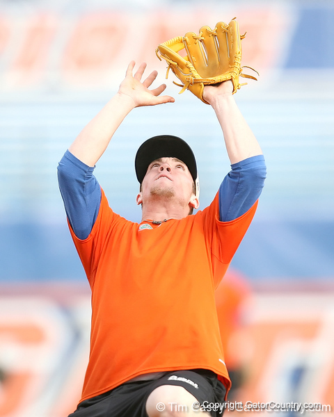 Florida freshman infielder Nolan Fontana fields a pop fly during the Gators' first day of practice on Friday, January 29, 2010 at McKethan Stadium in Gainesville, Fla. / Gator Country photo by Tim Casey