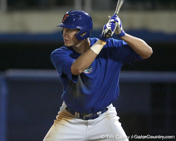 Florida senior Matt den Dekker bats during the Gators' first day of practice on Friday, January 29, 2010 at McKethan Stadium in Gainesville, Fla. / Gator Country photo by Tim Casey