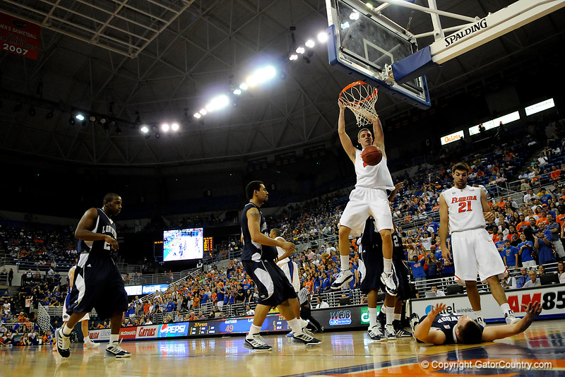 (Casey Brooke Lawson / Gator Country) UF forward Chandler Parsons scores over a Longwood player during the second half of the Gators games against Lancers in Gainesville, Fla., on January 6, 2009. The Gators won 95 to 69.