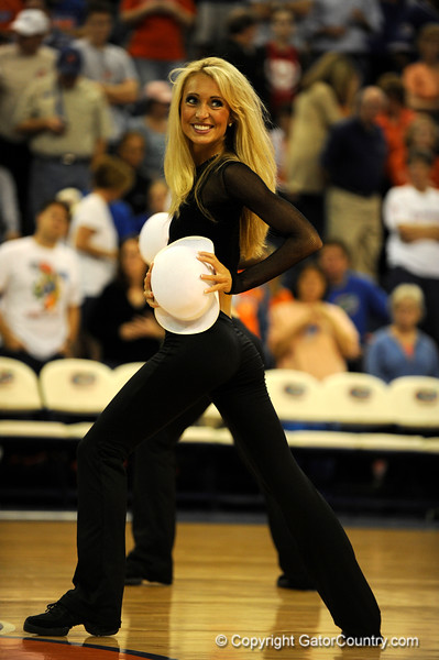 (Casey Brooke Lawson / Gator Country) UF Dazzlers perform during the first half of the Gators game against the Wolfpack in Gainesville, Fla., on January 3, 2009. The Gators won 68 to 66.