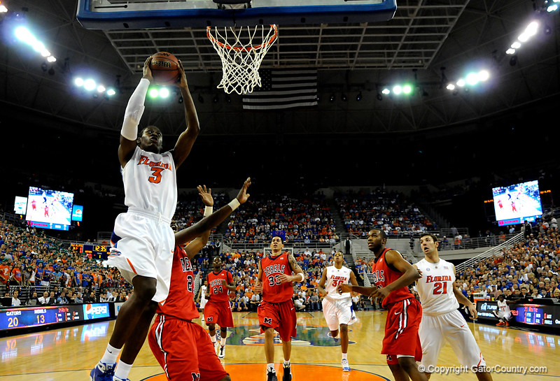 (Casey Brooke Lawson / Gator Country) UF guard Ray Shipman scores over an Ole Miss player during the Gators 78 to 68 victory over the Rebels in Gainesville, Fla., on January 10, 2009.