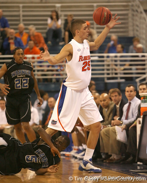 photo by Tim Casey<br /> <br /> Florida sophomore forward Chandler Parsons reaches for a loose ball during the first half of the Gators' exhibition game against the Warner Southern Royals on Monday, November 3, 2008 at the Stephen C. O'Connell Center in Gainesville, Fla.