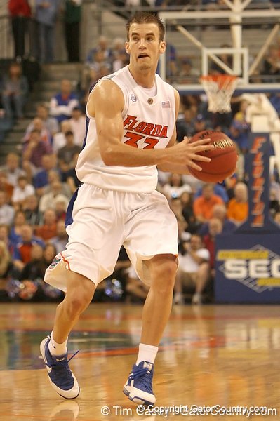 photo by Tim Casey<br /> <br /> Florida sophomore guard/forward Nick Calathes looks to pass during the first half of the Gators' exhibition game against the Warner Southern Royals on Monday, November 3, 2008 at the Stephen C. O'Connell Center in Gainesville, Fla.