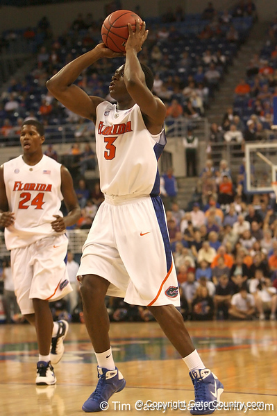 photo by Tim Casey<br /> <br /> Florida freshman guard/forward Ray Shipman makes a layup during the first half of the Gators' exhibition game against the Warner Southern Royals on Monday, November 3, 2008 at the Stephen C. O'Connell Center in Gainesville, Fla.