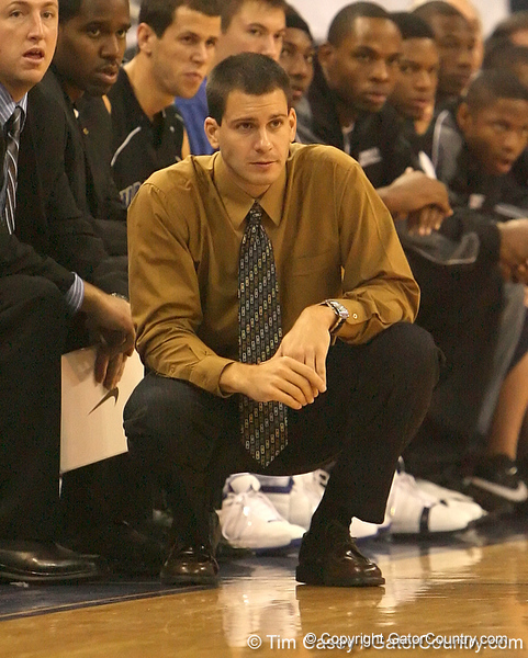photo by Tim Casey<br /> <br /> Warner coach Sean Hanrahan watches from the bench during the second half of the Gators' 108-49 win in an exhibition game against the Warner Southern Royals on Monday, November 3, 2008 at the Stephen C. O'Connell Center in Gainesville, Fla.