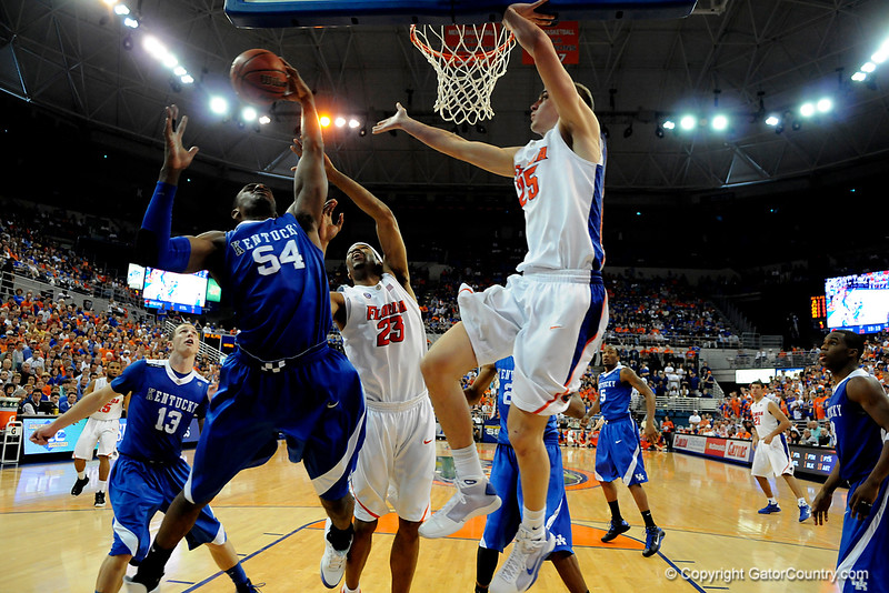 Kentucky's Patrick Patterson attempts to score during the University of Florida Gators 60-53 victory over the Kentucky Wildcats on Friday, March 6, 2009 in the Steven C. O'Connell Center. / Gator Country photo by Casey Brooke lawson