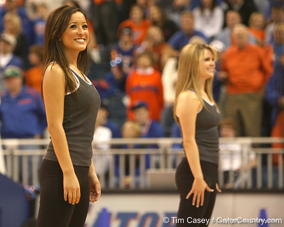 photo by Tim Casey<br /> <br /> The Dazzlers perform during halftime of the Gators' 80-65 win against the Arkansas Razorbacks on Saturday, January 17, 2009 at the Stephen C. O'Connell Center in Gainesville, Fla.