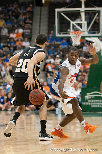 Photo by Tim Darby <br /> <br /> Erving Walker gets a steal at the University of Florida vs. University of Central Florida Basketball game at the Veterans Memorial Arena in Jacksonville, FL on December 20, 2008.
