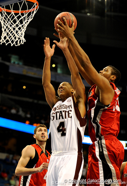 Georgia forward Trey Thomskins scores during the Mississippi Bulldogs 79-60 victory over the University of Georgia Bulldogs on Thursday, March 12, 2009 in the St. Pete Times Forum. / Gator Country photo by Casey Brooke Lawson
