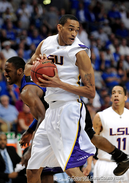 LSU guard Garrett Temple grabs a rebound during the LSU Tigers 67-58 victory over the Kentucky Wildcats on Friday, March 13, 2009 in the St. Pete Times Forum. / Gator Country photo by Casey Brooke Lawson