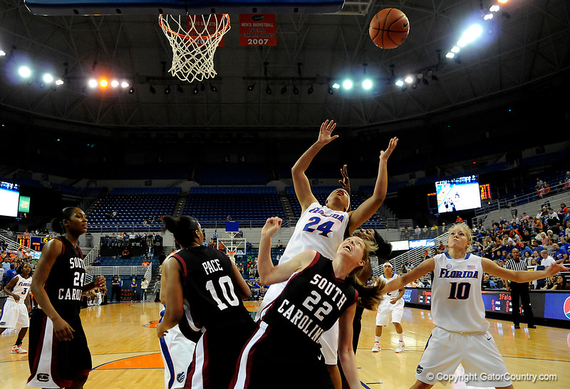 (Casey Brooke Lawson / Gator Country) UF forward Sharielle Smith attempts to grab a rebound during the Gators 82 to 64 victory over South Carolina on Sunday, February 22, 2009.