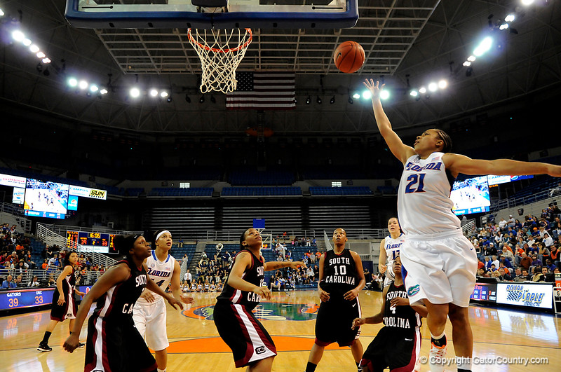 (Casey Brooke Lawson / Gator Country) UF freshman guard  Trumae Lucas scores during the Gators 82 to 64 victory over South Carolina on Sunday, February 22, 2009.