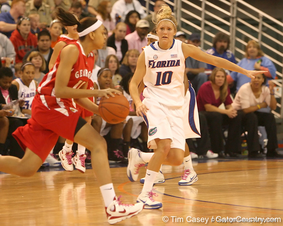 photo by Tim Casey<br /> <br /> Florida junior guard Steffi Sorensen backs up on defense during the Gators' 61-45 win against the Georgia Bulldogs on Sunday, January 18, 2009 at the Stephen C. O'Connell Center in Gainesville, Fla.