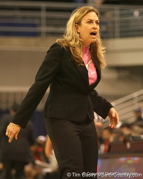 photo by Tim Casey<br /> <br /> Florida head coach Amanda Butler calls out to her bench during the Gators' 61-45 win against the Georgia Bulldogs on Sunday, January 18, 2009 at the Stephen C. O'Connell Center in Gainesville, Fla.