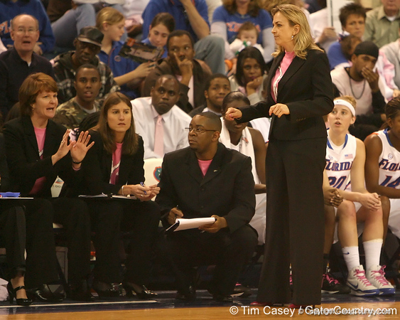 photo by Tim Casey<br /> <br /> Florida head coach Amanda Butler talks with assistant coach Susie Gardner during the Gators' 61-45 win against the Georgia Bulldogs on Sunday, January 18, 2009 at the Stephen C. O'Connell Center in Gainesville, Fla.