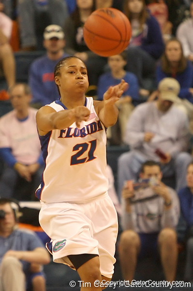 photo by Tim Casey<br /> <br /> Florida freshman guard Trumae Lucas passes during the Gators' 61-45 win against the Georgia Bulldogs on Sunday, January 18, 2009 at the Stephen C. O'Connell Center in Gainesville, Fla.