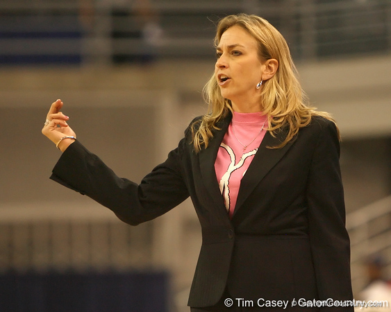 photo by Tim Casey<br /> <br /> Florida head coach Amanda Butler calls out to her team during the Gators' 61-45 win against the Georgia Bulldogs on Sunday, January 18, 2009 at the Stephen C. O'Connell Center in Gainesville, Fla.