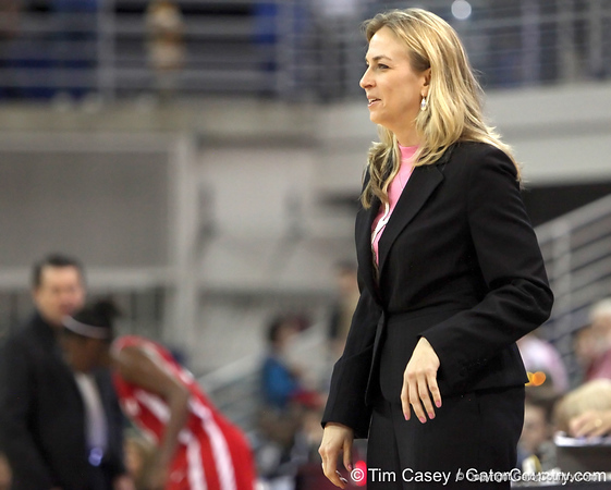 photo by Tim Casey<br /> <br /> Florida head coach Amanda Butler smiles with 25 seconds left during the Gators' 61-45 win against the Georgia Bulldogs on Sunday, January 18, 2009 at the Stephen C. O'Connell Center in Gainesville, Fla.